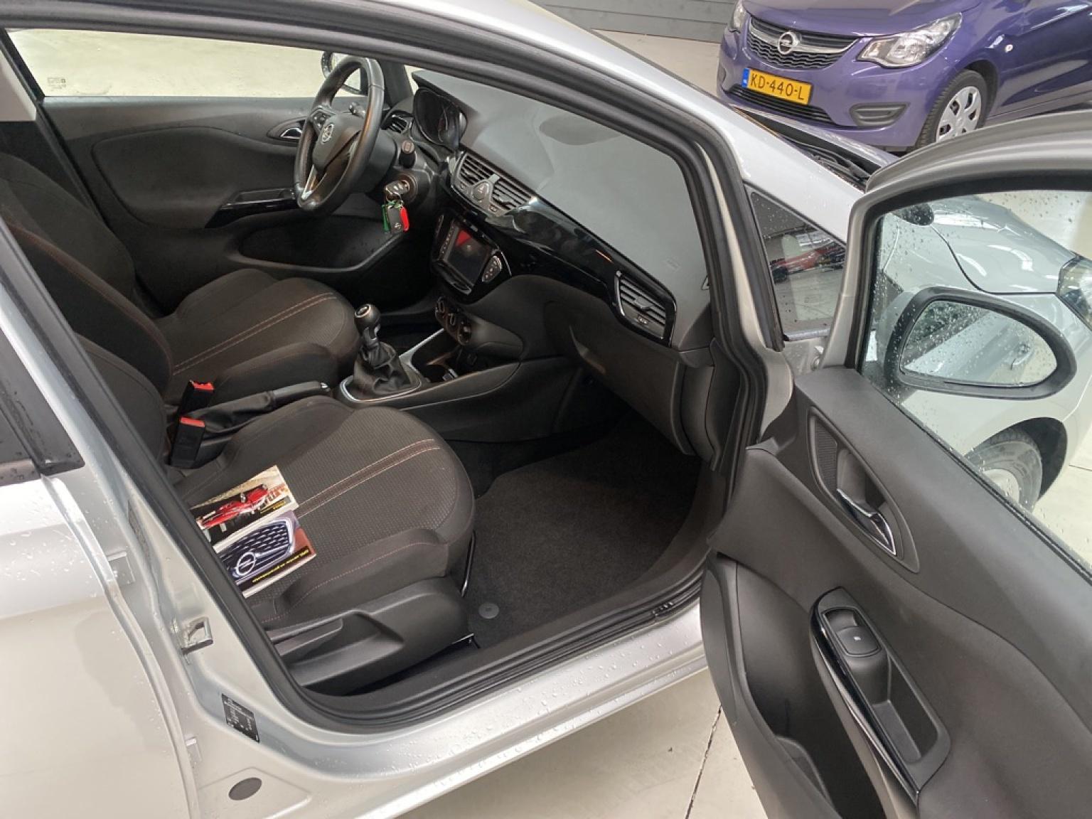 Opel-Corsa-12