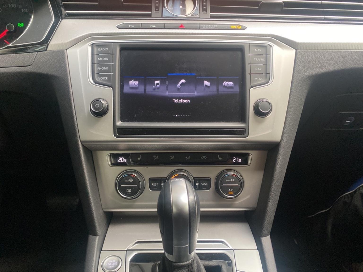 Volkswagen-Passat-14